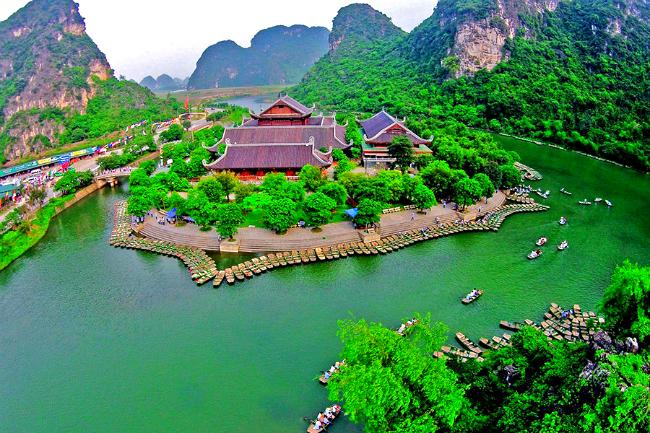 Trang An – Hoa Lu full day tour – ArokaTravel
